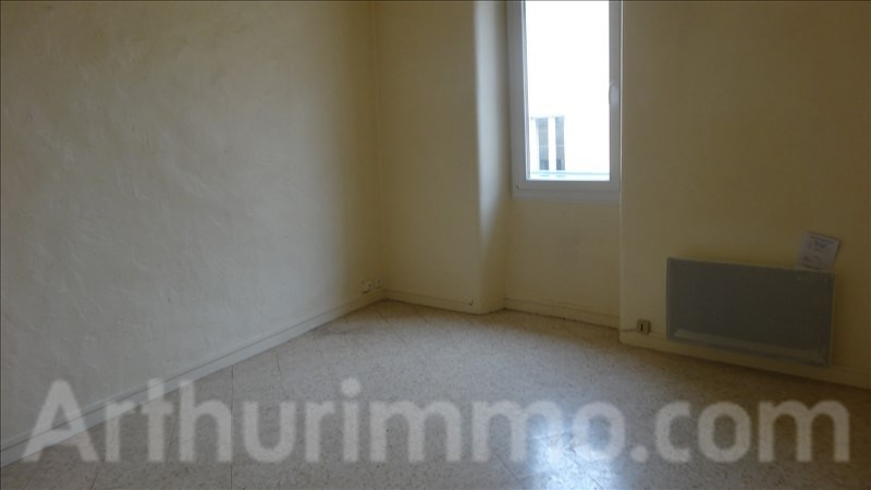 Location appartement Lodeve 380€ CC - Photo 3