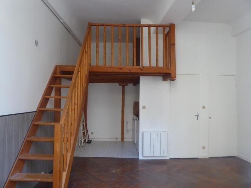 Location appartement Dijon 350€ CC - Photo 1
