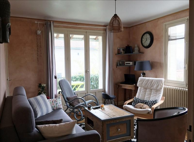 Sale house / villa Riorges 129000€ - Picture 2