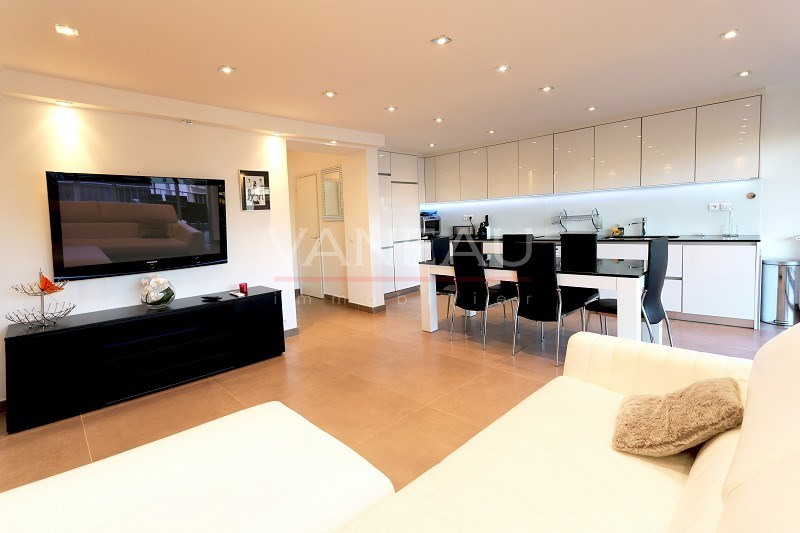 Vente de prestige appartement Juan-les-pins 399 000€ - Photo 1