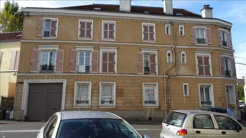 Rental apartment Corbeil essonnes 450€ CC - Picture 1