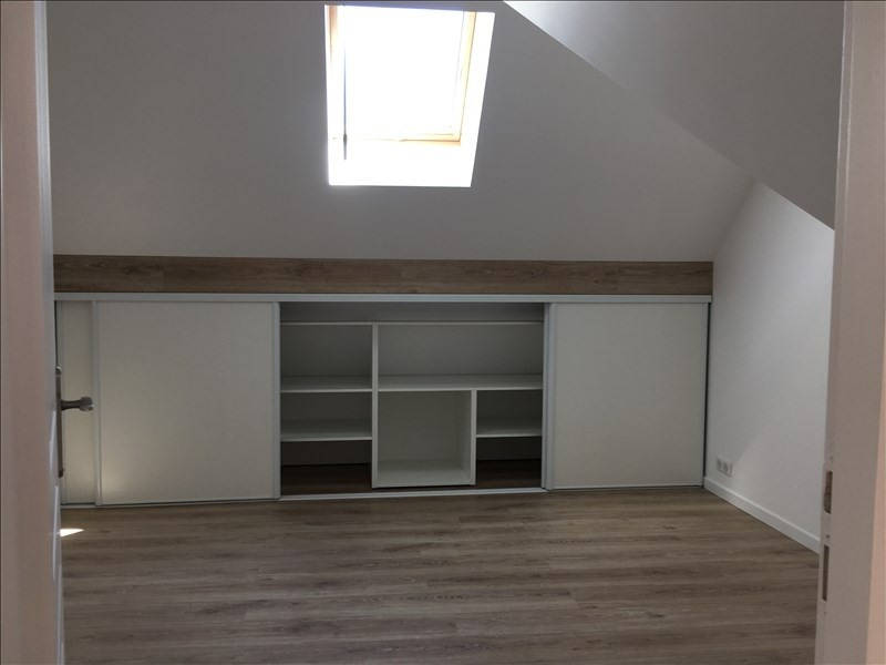 Location appartement Etrepilly 895€ CC - Photo 8