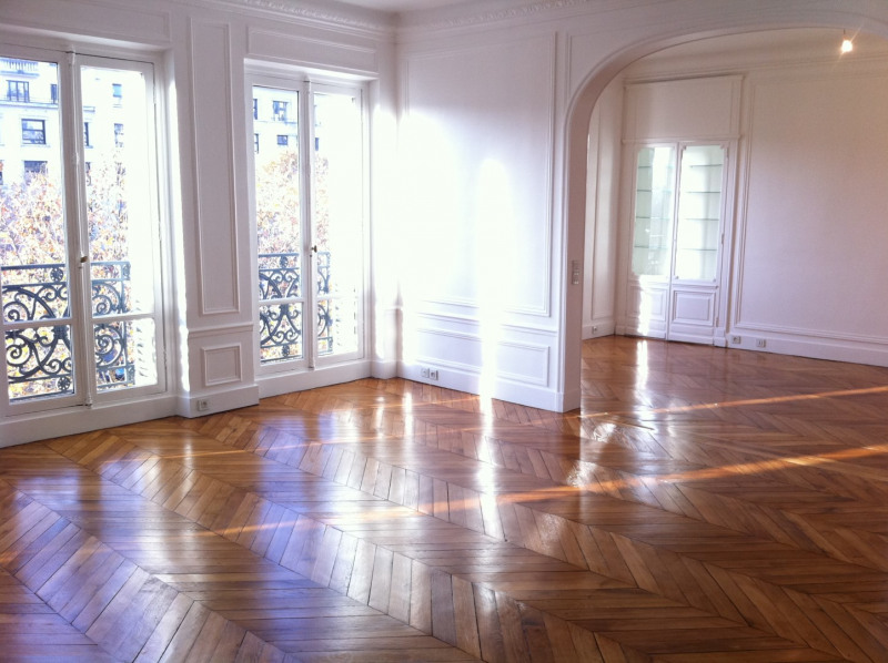 Rental apartment Paris 8ème 4 499€ CC - Picture 2