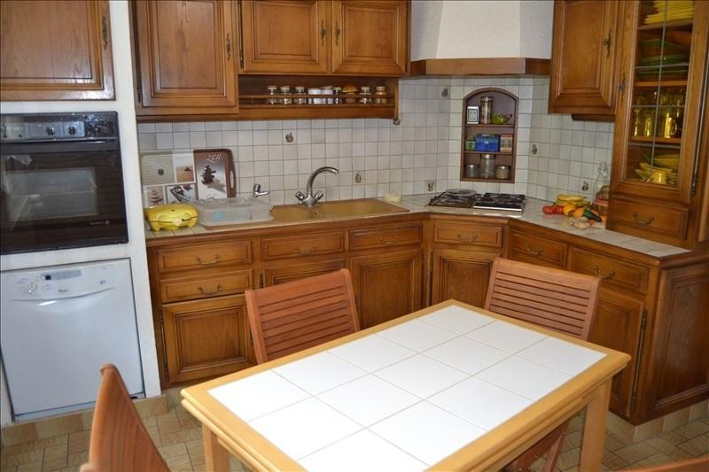 Sale house / villa Melun 305000€ - Picture 3
