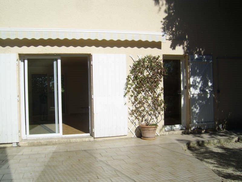 Location maison / villa Nimes 1 090€ CC - Photo 2