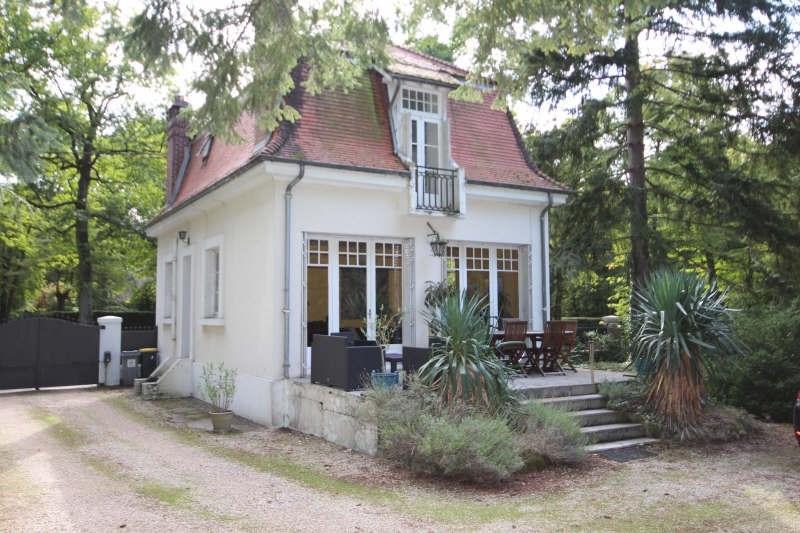 Deluxe sale house / villa Lamorlaye 685000€ - Picture 2