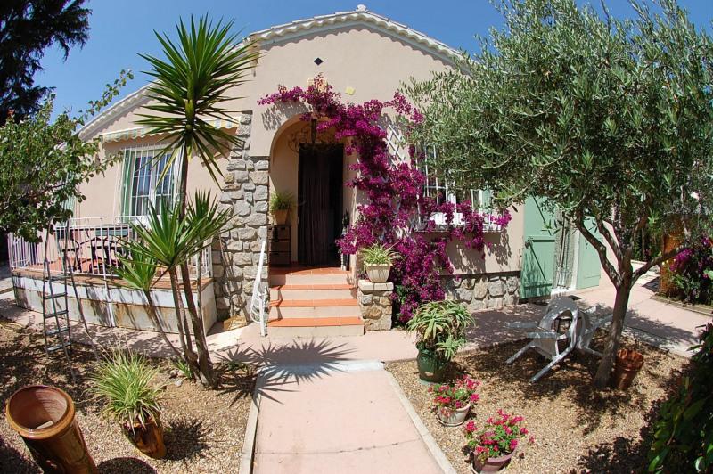Sale house / villa Six fours les plages 468000€ - Picture 1