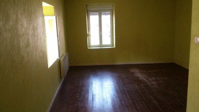 Sale house / villa St laurent de chamousset 68000€ - Picture 4