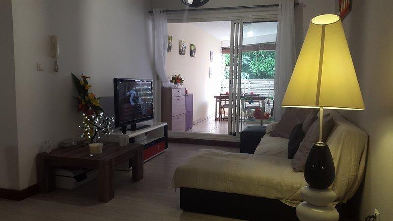Deluxe sale apartment Saint-denis 170000€ - Picture 6