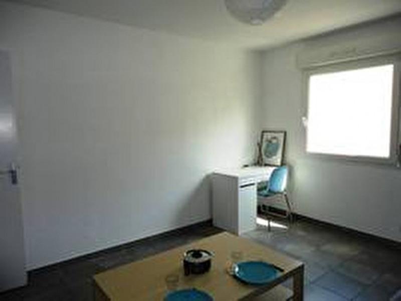 Verhuren  appartement Toulon 410€ CC - Foto 2
