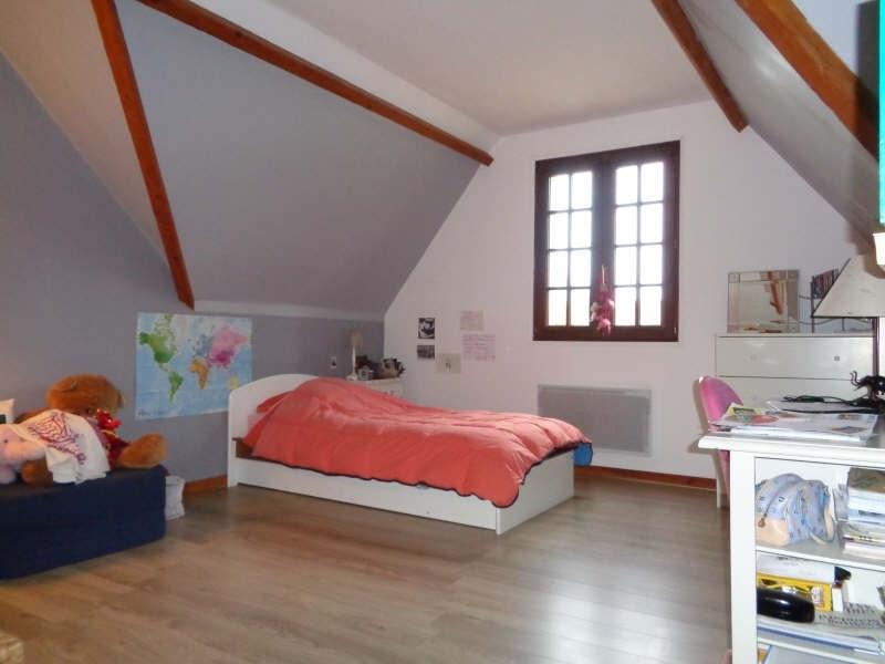 Sale house / villa Bullion 419000€ - Picture 6