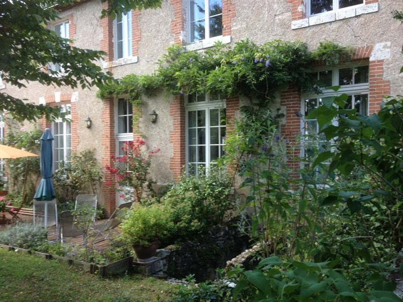 Sale house / villa Lailly-en-val 530 000€ - Picture 1