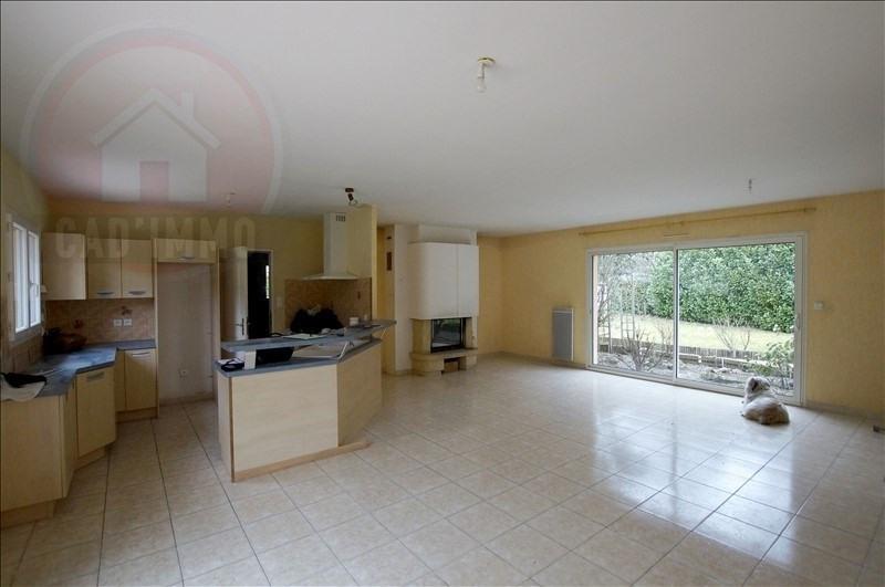 Sale house / villa Saint sauveur 192000€ - Picture 4