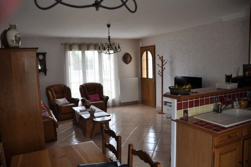 Rental house / villa Champs sur yonne 840€ CC - Picture 7