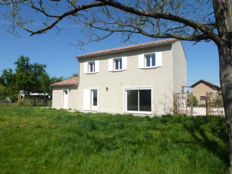 Location maison / villa Lapeyrouse mornay 850€ CC - Photo 2
