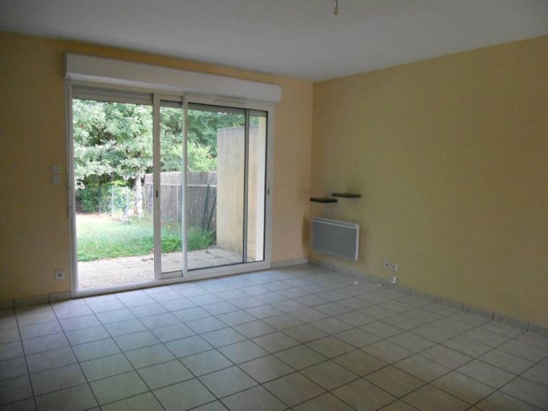 Rental house / villa Saint-astier 599€ CC - Picture 6