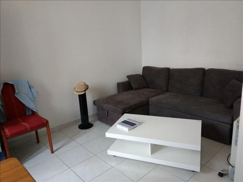 Rental apartment Le golfe juan 500€ CC - Picture 3