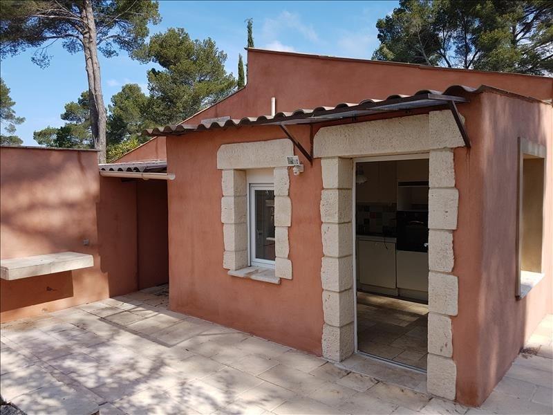 Location appartement Eguilles 790€ CC - Photo 1