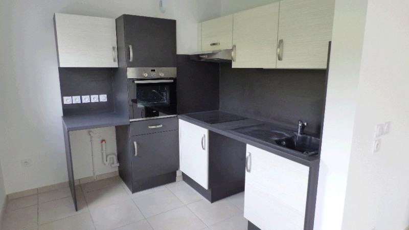 Rental apartment Gex 931€ CC - Picture 2