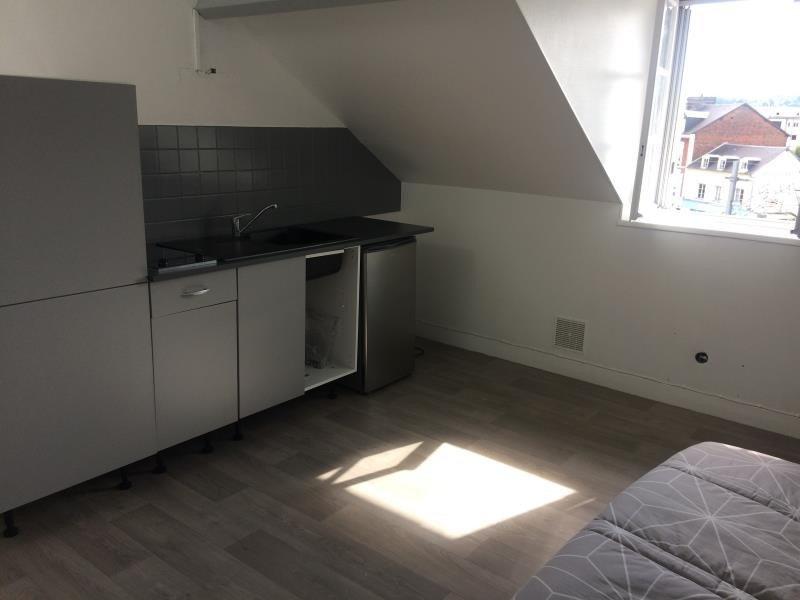 Rental apartment Lisieux 410€ CC - Picture 1