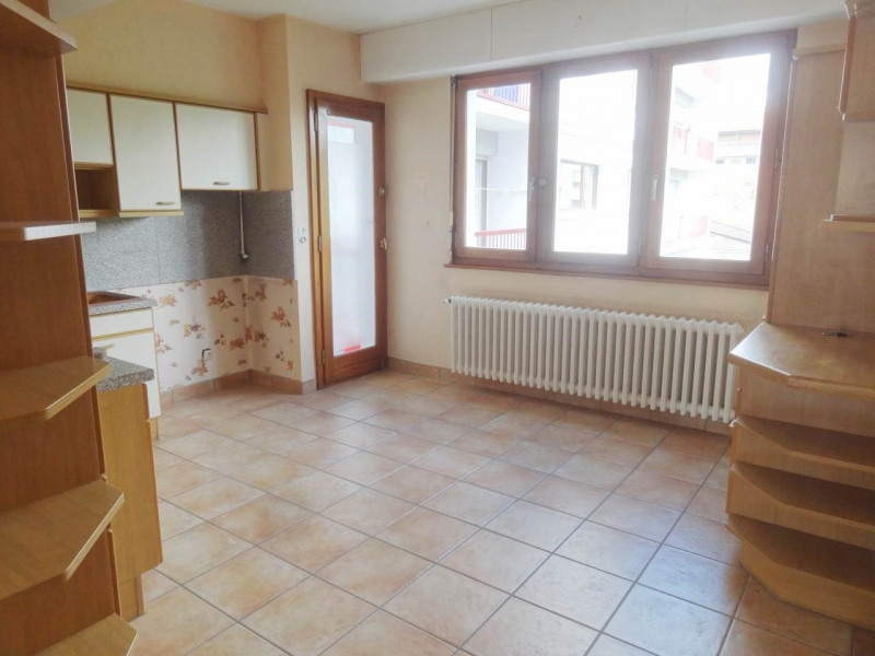 Rental apartment Annemasse 1 100€ CC - Picture 5