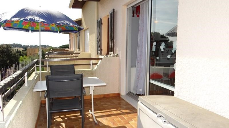 Location vacances appartement Cavalaire 420€ - Photo 5