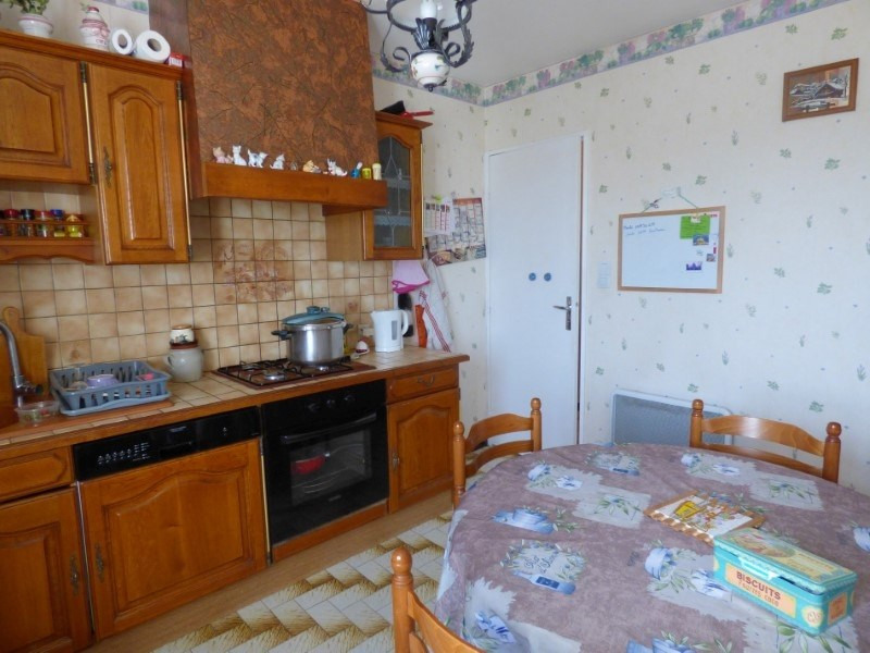 Sale house / villa Ouches 174000€ - Picture 3
