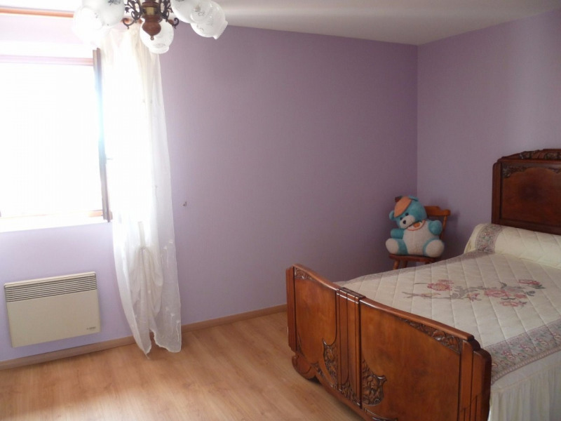 Vente maison / villa St laurent de chamousset 242000€ - Photo 4