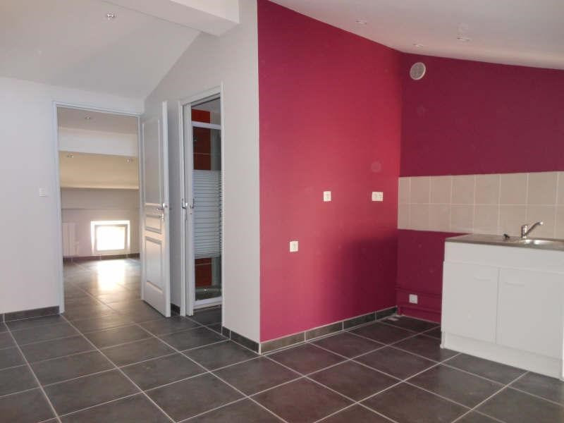 Location appartement Le puy en velay 317,75€ CC - Photo 1