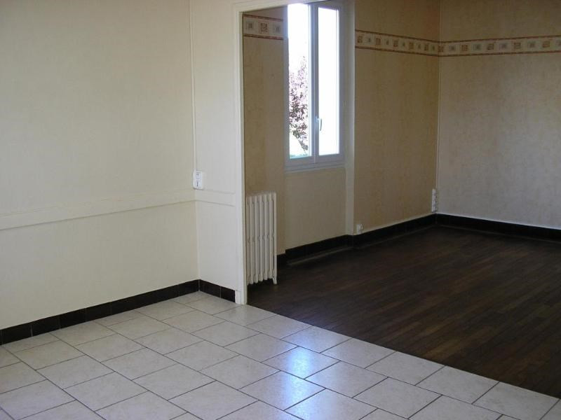 Rental house / villa Nurieux 618€ CC - Picture 4
