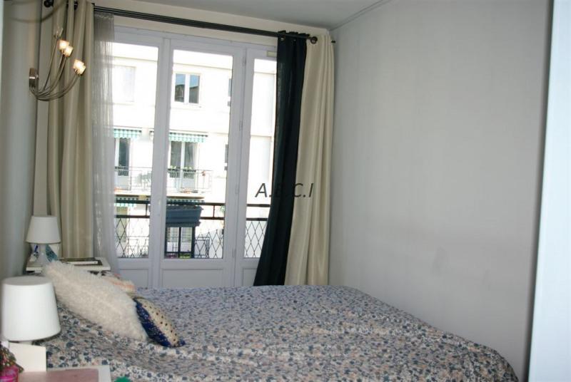 Sale apartment Courbevoie 475000€ - Picture 8