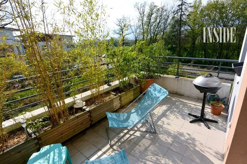 Sale apartment Prevessin-moens 322 000€ - Picture 2
