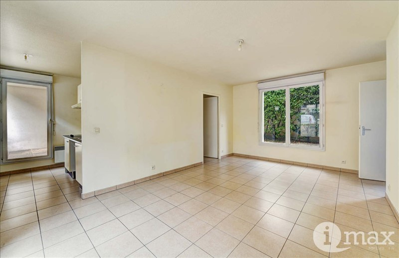 Sale apartment Courbevoie 289000€ - Picture 1