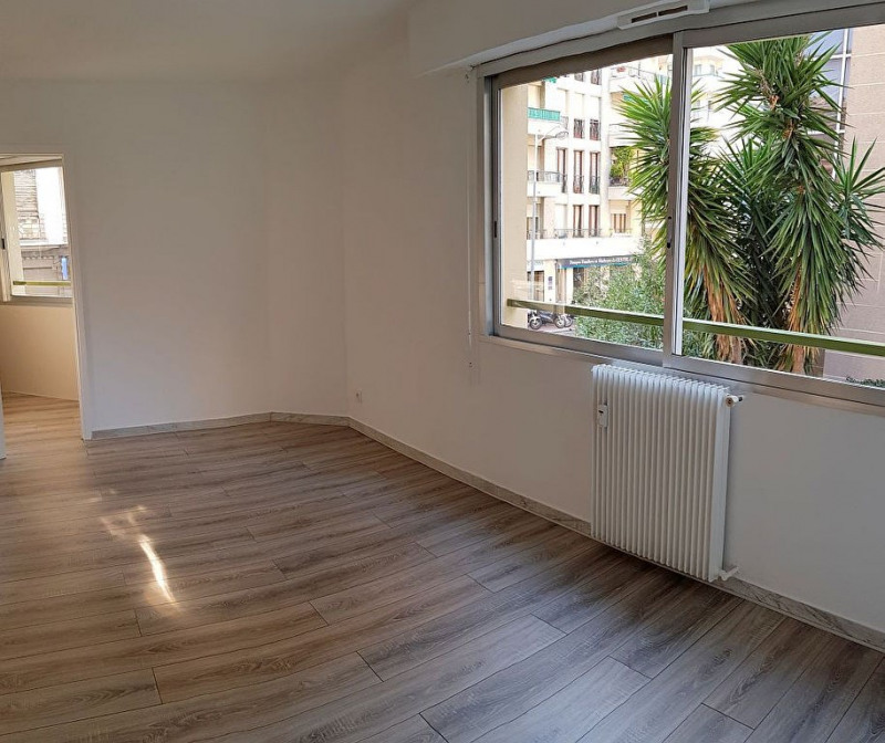 Vente appartement Nice 115 000€ - Photo 2