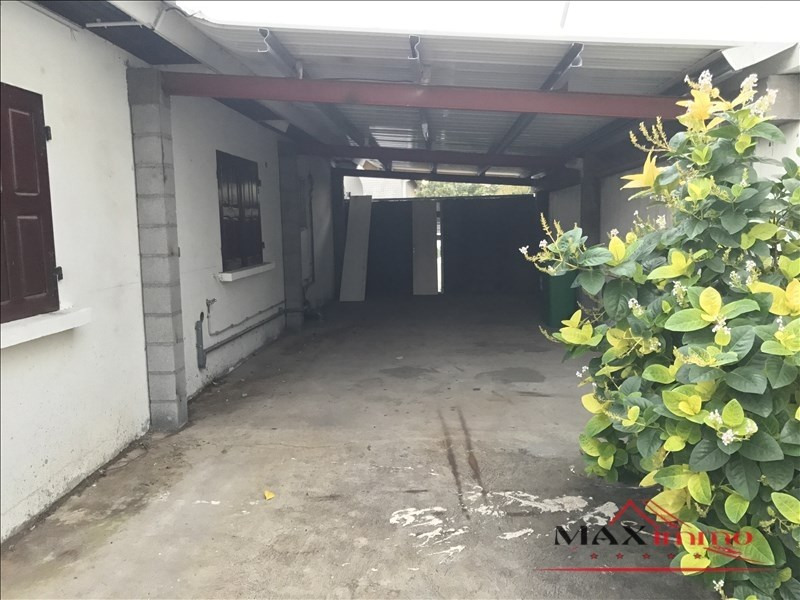 Location maison / villa Saint-louis 1 059€ CC - Photo 7