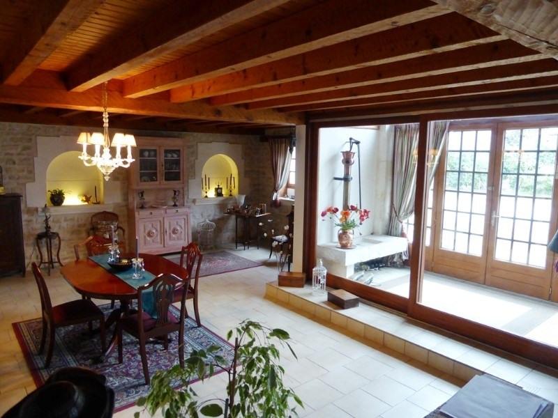 Sale house / villa St amant de graves 397500€ - Picture 6