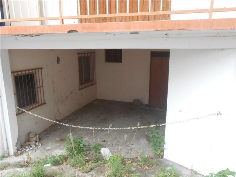 Producto de inversión  edificio Basse terre 190000€ - Fotografía 5