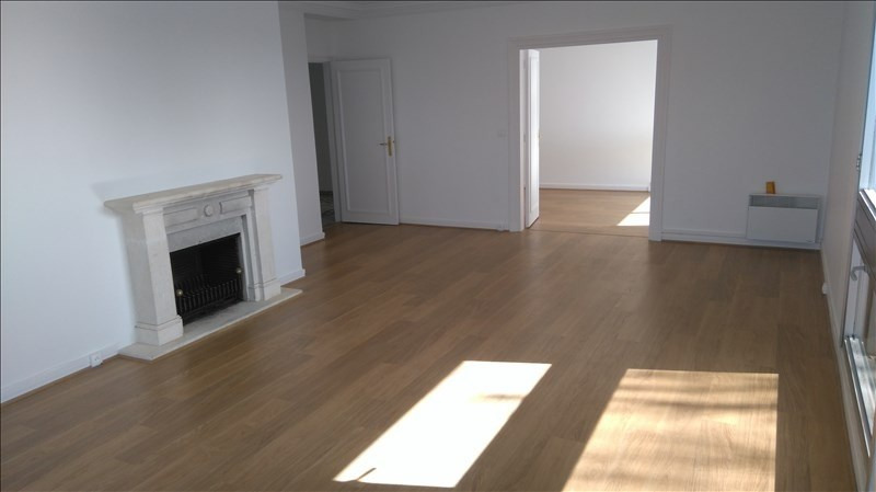 Location appartement Le chesnay 2 500€ CC - Photo 5