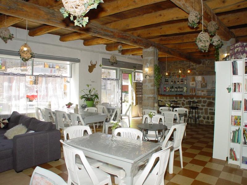 Sale house / villa St agreve 149000€ - Picture 2