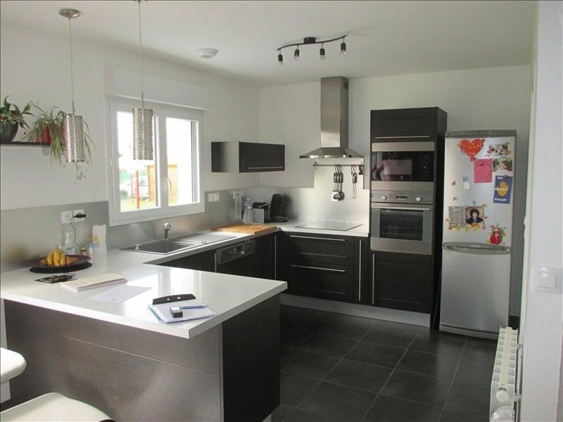 Sale house / villa St quentin 230000€ - Picture 2