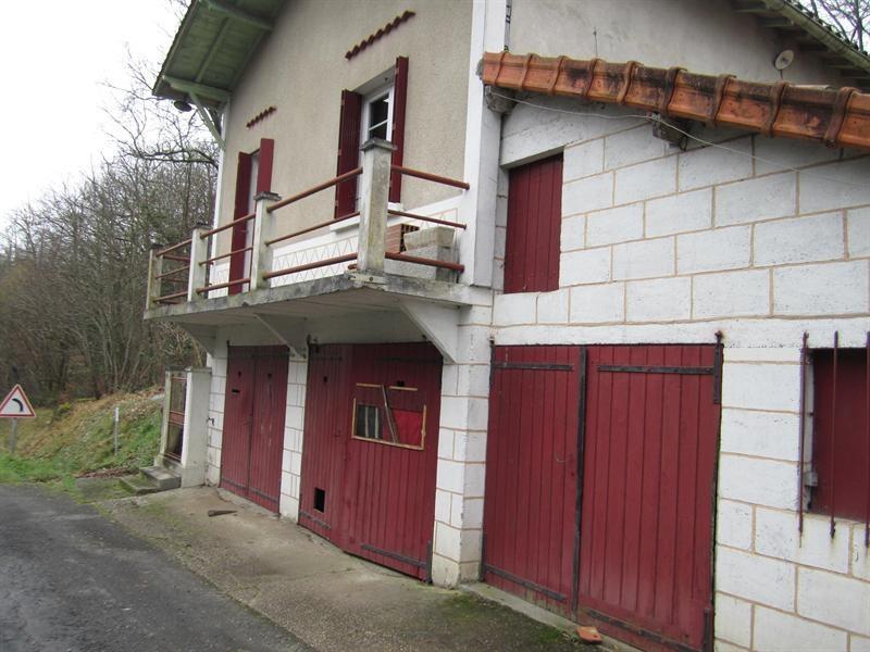 Sale house / villa Brossac 64000€ - Picture 1
