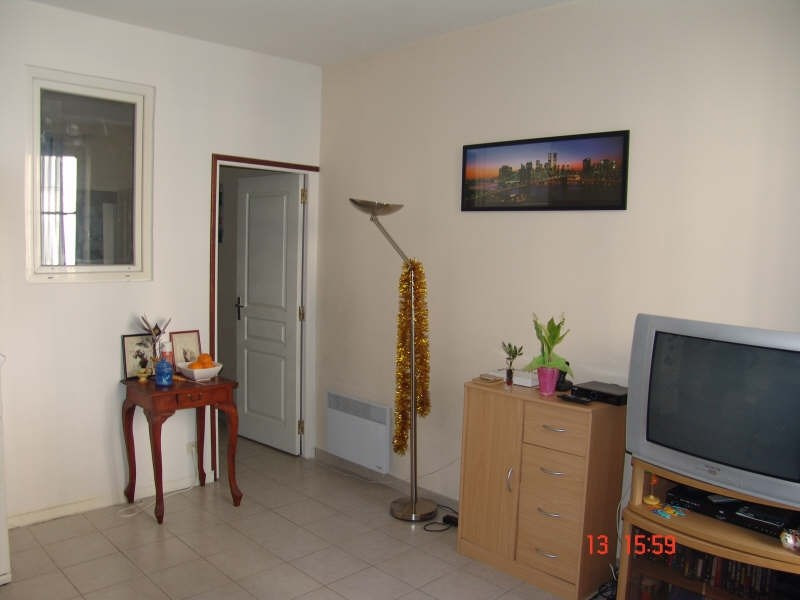 Sale apartment Toulon 76 000€ - Picture 2