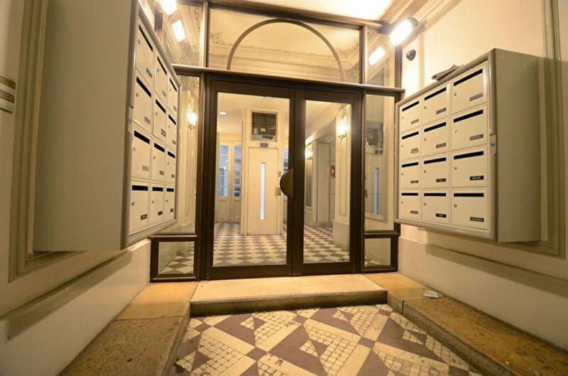Alquiler  apartamento Paris 8ème 1706€ CC - Fotografía 9