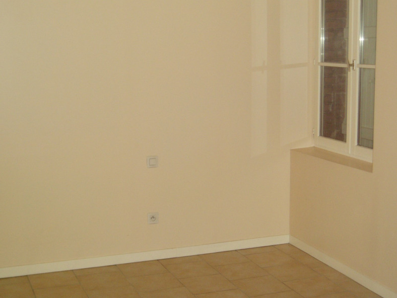 Rental apartment Honfleur 363€ CC - Picture 2