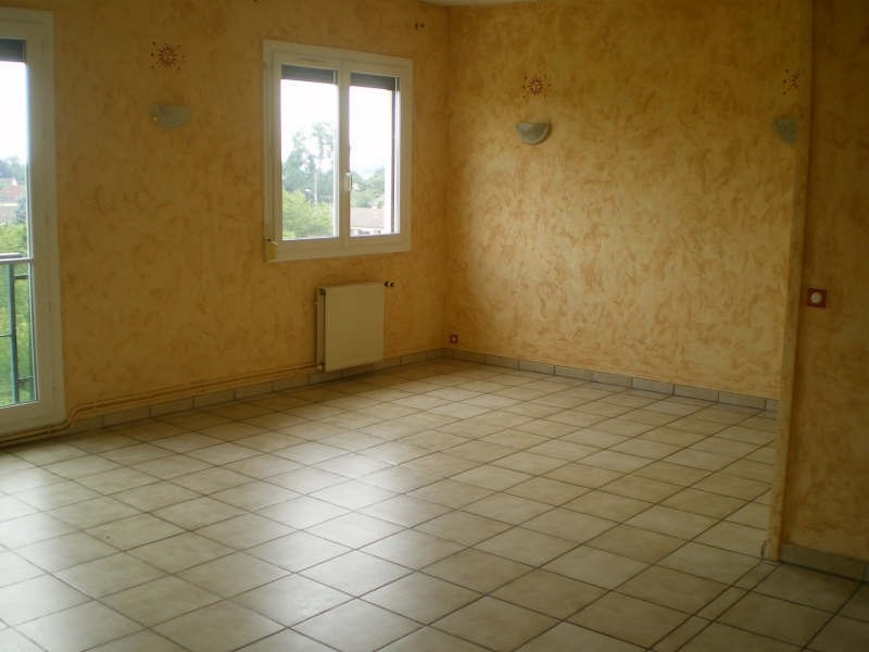 Sale apartment Crepy en valois 113000€ - Picture 1