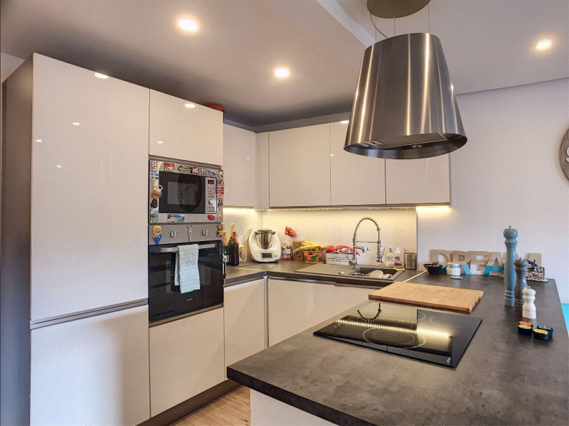 Vendita appartamento Vence 265000€ - Fotografia 2