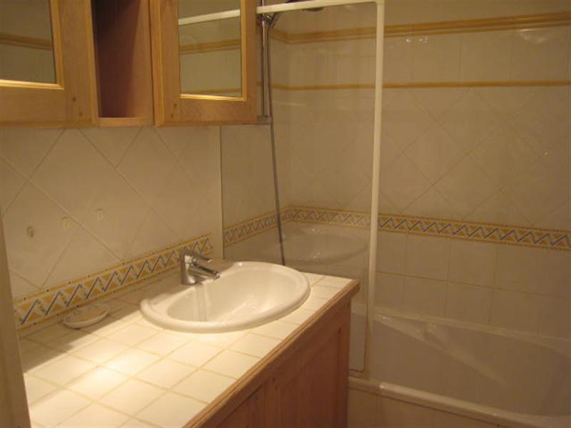 Location vacances appartement Cavalaire 520€ - Photo 7
