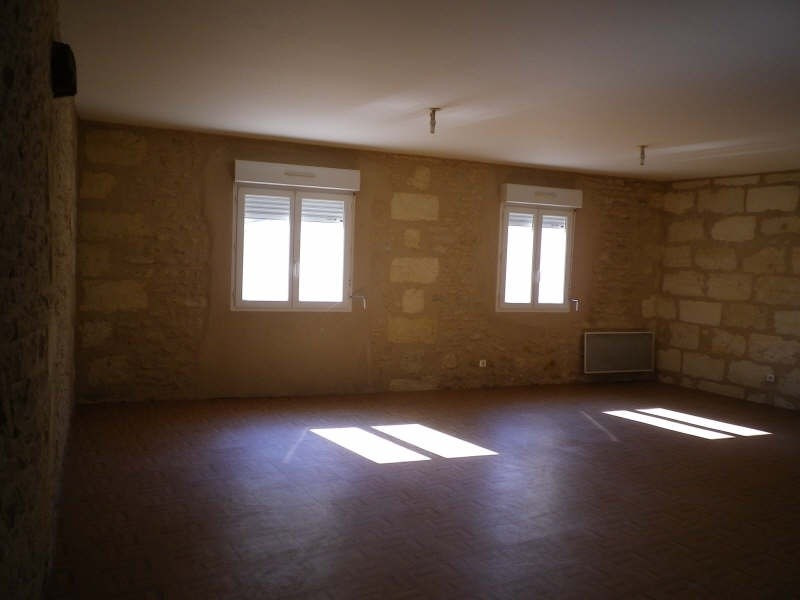 Rental apartment Blaye 532€ CC - Picture 2