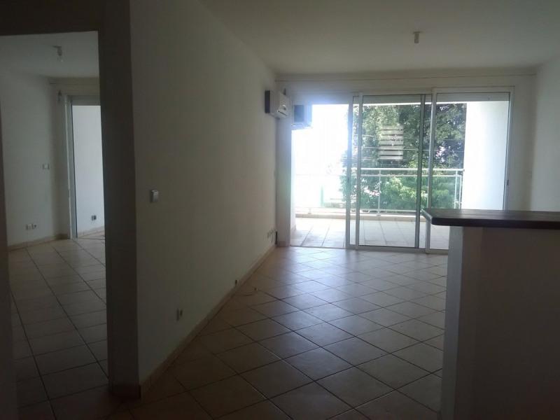 Rental apartment Le gosier 725€ CC - Picture 4