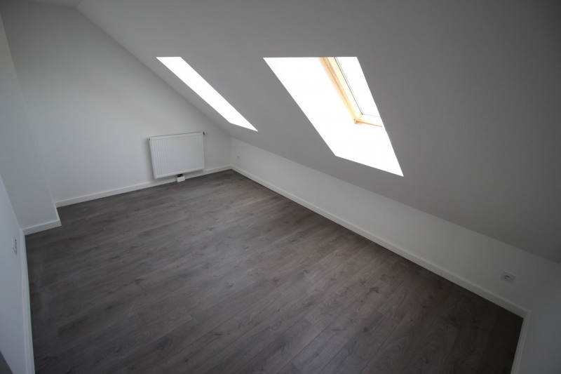 Rental apartment Courcouronnes 1 350€ CC - Picture 9
